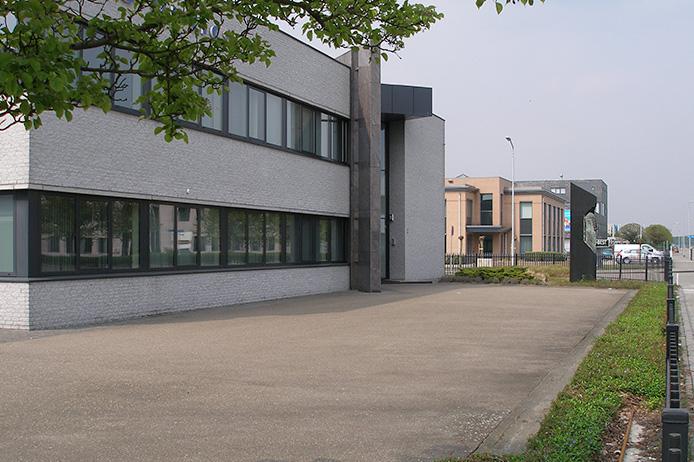 kantoorpand-eindhoven-euro-optics-0a